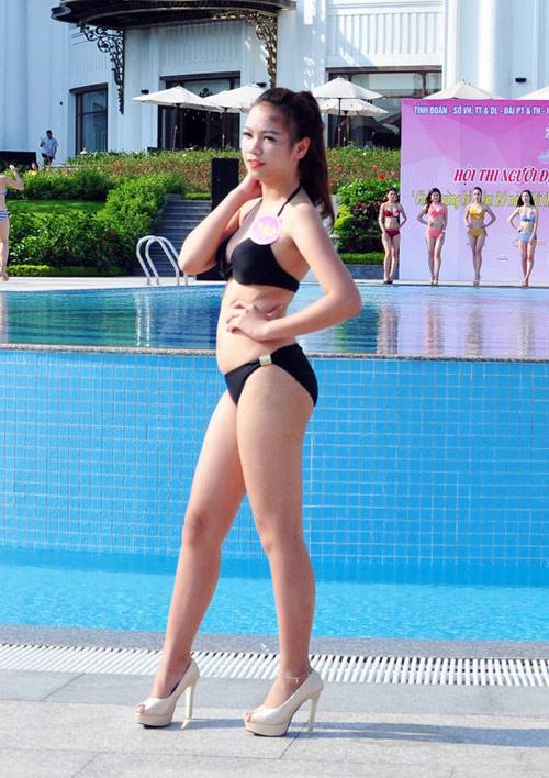 Dàn Người đẹp Hạ Long bị chê lộ mỡ bụng khi mặc bikini - 4