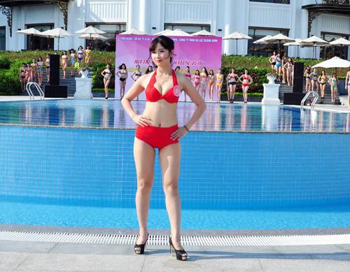 Dàn Người đẹp Hạ Long bị chê lộ mỡ bụng khi mặc bikini - 9