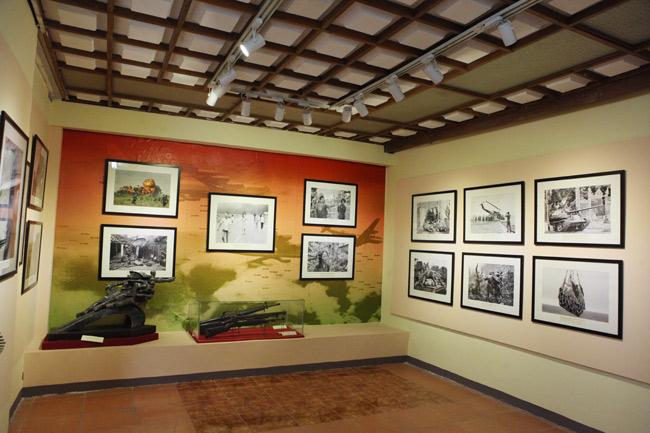 Cận cảnh 400 hiện vật lưu giữ ký ức chiến tranh ở HN - 1