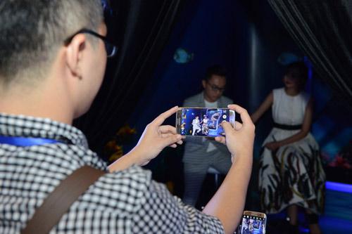 Thưởng ngoạn thời trang, khám phá công nghệ tại Galaxy Studio - 6