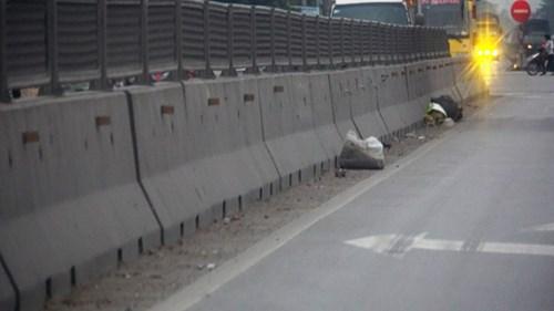 Quỹ bảo trì gần 10 nghìn tỷ, quốc lộ 1A vẫn đầy rác - 7