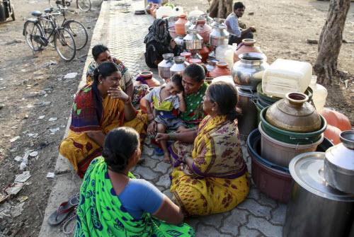 Ảnh: Người dân chống chọi với hạn hán kỷ lục ở Ấn Độ - 15