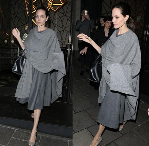 Loạt ảnh Angelina Jolie gầy trơ xương vì bệnh biếng ăn - 1