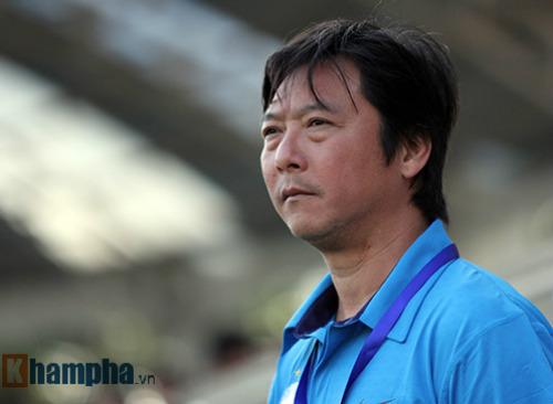 """Trọng tài giữa """"cuộc chiến"""" V-League: Thật giả lẫn lộn - 1"""