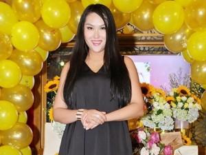 Phi Thanh Vân bác bỏ tin mang thai sau sinh 3 tháng