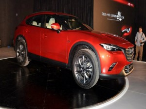 Cận cảnh mẫu xế Mazda CX-4 hoàn toàn mới