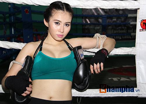 Nữ DJ xinh đẹp mê tập Muay Thái - 7