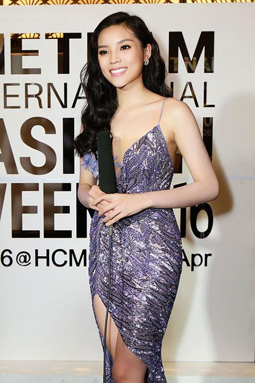 Hoa hậu Kỳ Duyên liên tục gọi nhầm tên đàn chị - 1