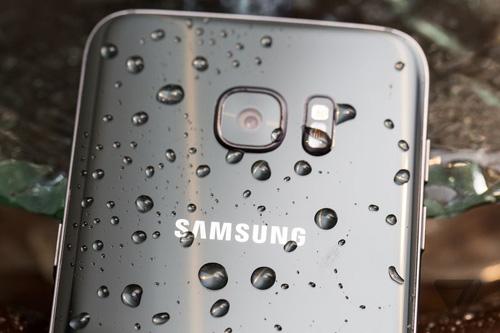 Giải mã hành trình vươn lên ngôi đầu thiết kế smartphone của Samsung - 2