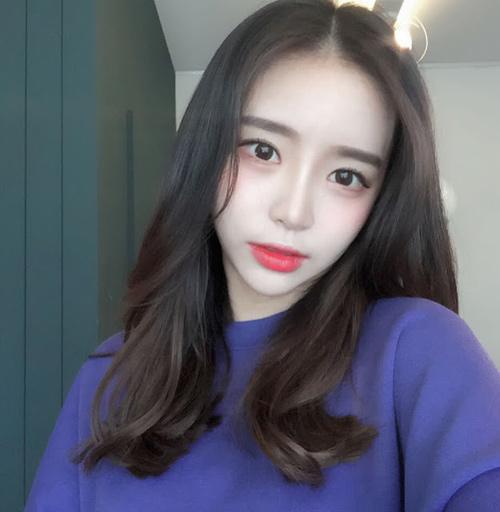 Sốc vì nhan sắc nguyên bản của hot girl đình đám xứ Hàn - 7