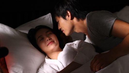 Minh Hằng kể về cảnh nóng đầu tiên trong đời