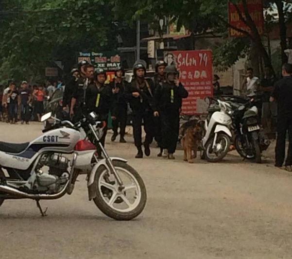 Lạng Sơn: Lùng bắt kẻ tình nghi buôn ma túy bắn trả CA - 2