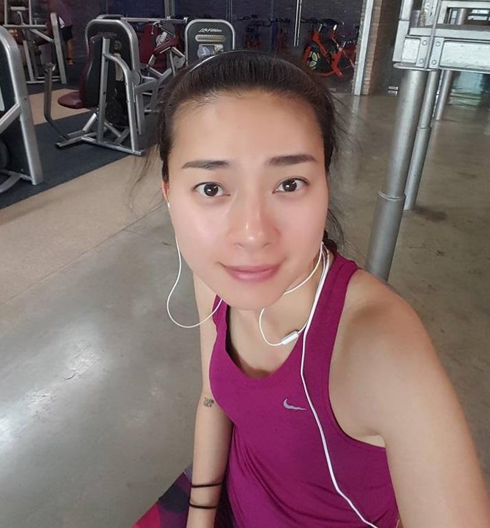 Học Ngô Thanh Vân 5 bài tập gym giúp trẻ hơn 10 tuổi - 1