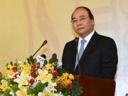 Tài chính - Bất động sản - Thủ tướng đang đối thoại với DN: Luôn đồng hành