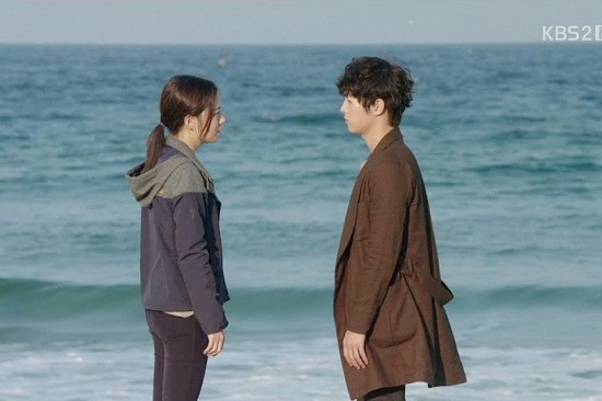 Những cảnh biển đẹp nhất trong phim Hàn - 11