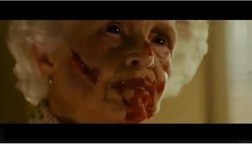 Video phim: Rùng mình với cảnh cụ già bị quỷ ám - 1