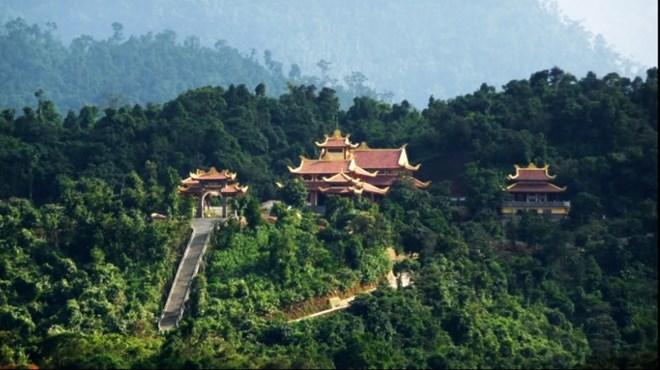 7 địa điểm du lịch không thể bỏ qua ở Quảng Ninh - 4