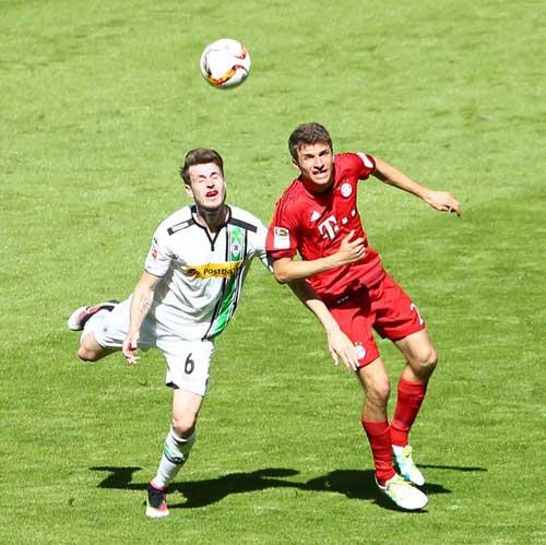 Bayern Munich vs Monchengladbach - 1