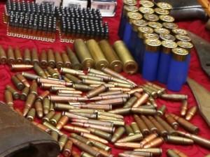 Cận cảnh kho vũ khí của trùm ma túy bắn trả cảnh sát