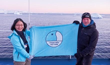 Cô gái mang thông điệp giới trẻ Việt đến Nam Cực - 1