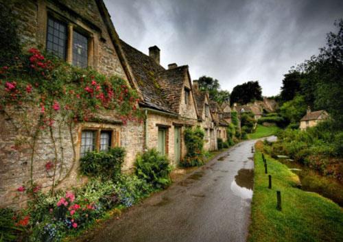 15 ngôi làng cổ tích bạn sẽ không nghĩ có trong thực tế - 9