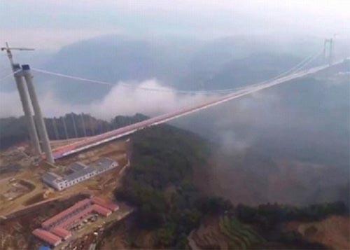 Những cây cầu độc đáo nhất thế giới - 11
