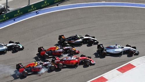 """F1, Russian GP: """"Sao quả tạ"""" ám hại Vettel - 1"""