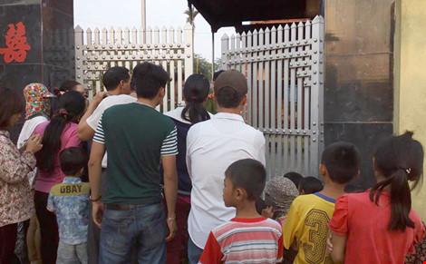 Kinh hoàng: Hai vợ chồng chết cháy sau tiếng nổ lớn - 1