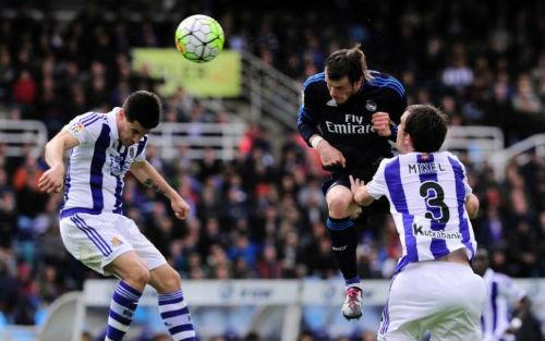 """Tiêu điểm vòng 36 Liga: Barca mát ga, Madrid vượt """"ổ gà"""" - 1"""
