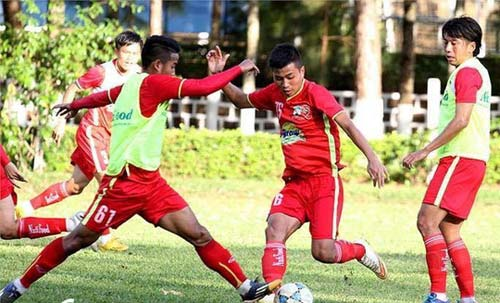 """HAGL trình làng """"ngọc thô"""" trẻ thứ hai V-League - 1"""