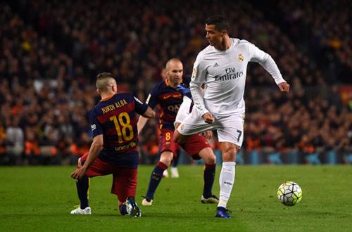 """Tin HOT tối 2/5: Người cũ Barca gọi Real là """"CLB nhỏ"""" - 1"""