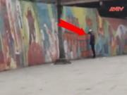 """Video An ninh - Vì đâu dân hay """"phóng uế"""" bừa bãi ở Thủ đô?"""