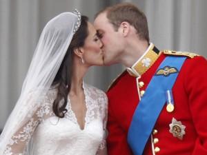 7 bộ váy cưới hoàng gia xa xỉ nhất hành tinh