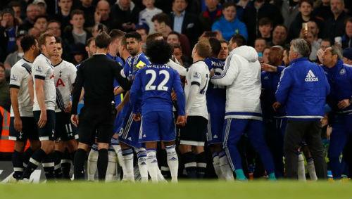 Vuột ngai vàng, sao Tottenham gây sự với Chelsea - 1