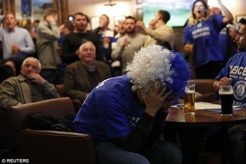 """Vô địch sớm, sao Leicester ăn mừng như """"điên dại"""" - 5"""