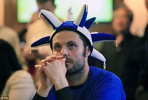"""Vô địch sớm, sao Leicester ăn mừng như """"điên dại"""" - 6"""