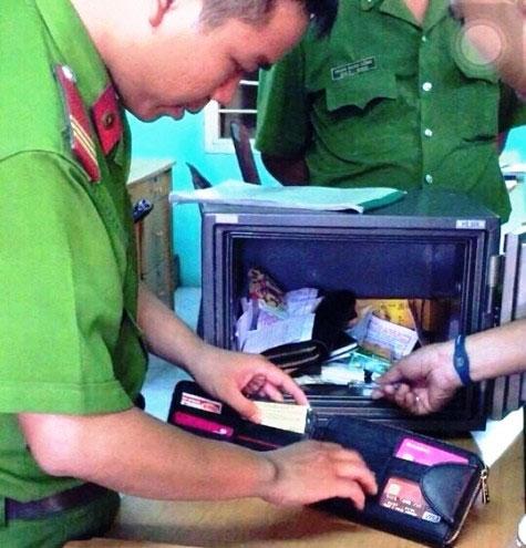 CSHS nổ súng, rượt đuổi 2 tên trộm trên phố Sài Gòn - 2