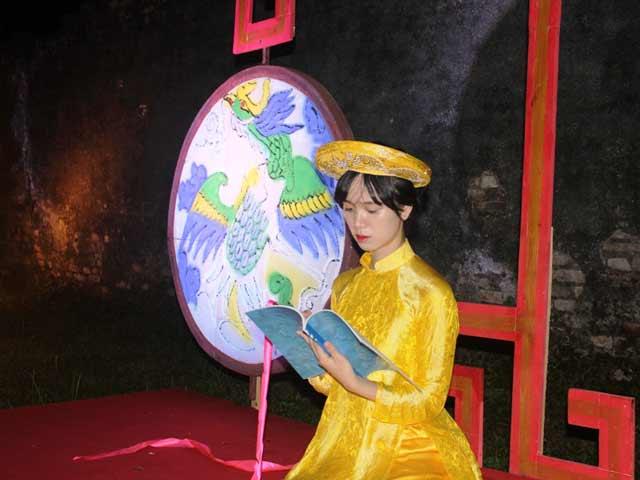 """Dự """"đám cưới công chúa trong hoàng cung"""" tại Festival Huế - 1"""