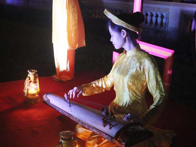 """Dự """"đám cưới công chúa trong hoàng cung"""" tại Festival Huế - 2"""