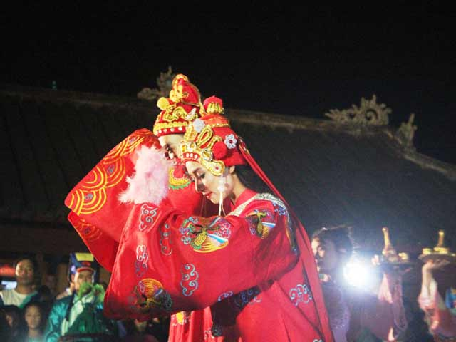 """Dự """"đám cưới công chúa trong hoàng cung"""" tại Festival Huế - 7"""