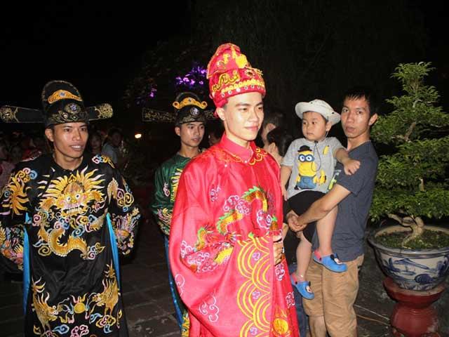 """Dự """"đám cưới công chúa trong hoàng cung"""" tại Festival Huế - 9"""