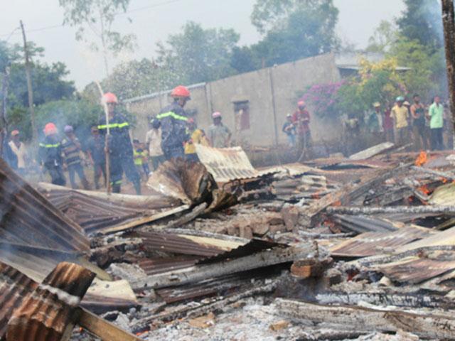 Nhầm số cứu hỏa sang số cấp cứu, ngôi nhà ra tro - 1