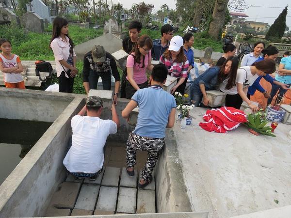 Người đàn bà nhặt rác và câu chuyện bên nghĩa địa thai nhi - 2
