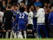 Vuột ngai vàng, sao Tottenham gây sự với Chelsea