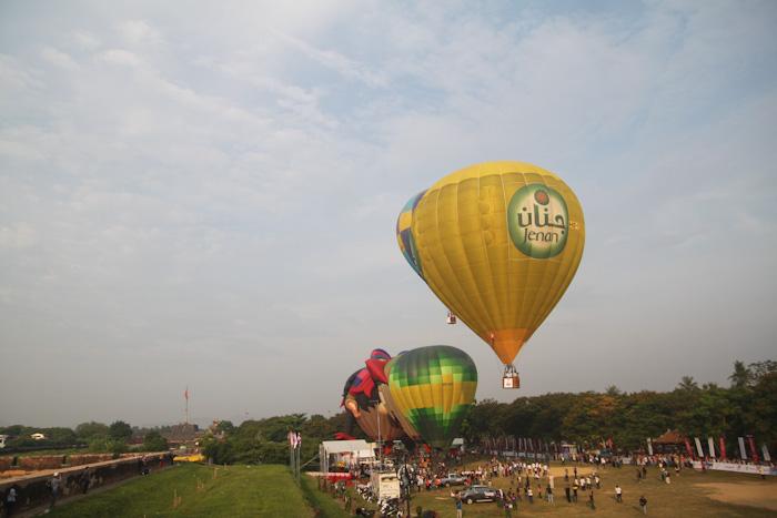 Độc đáo: Ngắm toàn cảnh cố đô Huế từ khinh khí cầu - 1