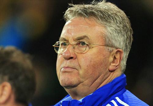 Tin HOT tối 4/5: Leicester suýt chọn Hiddink thay vì Ranieri - 1