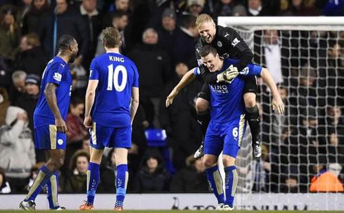 Leicester City vô địch Anh và câu hỏi cho bóng đá Việt - 1