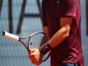 """Thể thao - Quay cán vợt đỡ match-point, """"Bad boy"""" bị lên án"""