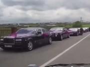 """""""Sốc"""" với đám cưới có trăm chiếc Rolls-Royce và Mercedes-Benz"""