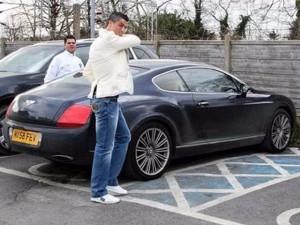 """Ronaldo rao bán xế """"khủng"""" trước thềm đại chiến cúp C1"""